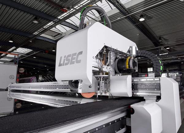 LiSEC повышает стандарты резки стекла